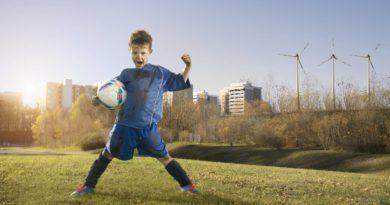 Los niños españoles prefieren ser deportistas, y las niñas, profesoras