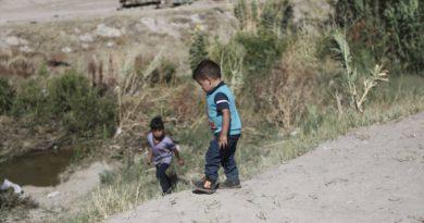 El inmigrante más pequeño separado de sus padres en la frontera era un bebé rumano de cuatro meses